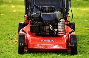 lawn-mower-1593883_1920